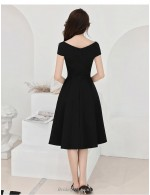 A Line Medium Length Black Bridesmaid Dress V Neck Zipper Back Evening Dress