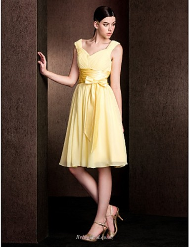 A Line Knee Length Queen Anne Neck Zipper Back Yellow Chiffon Bridesmaid Dress With Bowknot