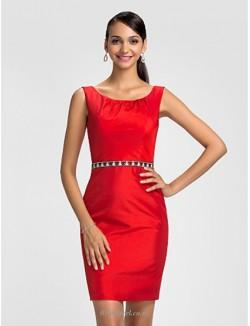 Sexy Sheath/Column Knee-length V-Back Red Satin Bridesmaid Dress
