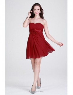 Short/Mini Strapless Burgundy Chiffon Bridesmaid Dress With Ribbons
