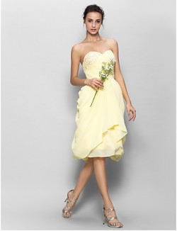 Short Knee Length Chiffon Bridesmaid Dress A Line Sweetheart With Appliques Side Draping