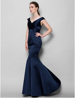 Long Floor Length Satin Bridesmaid Dress Trumpet Mermaid V Neck With Criss Cross