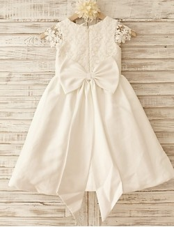 A Line Short Knee Length Flower Girl Dress Cotton Lace Short Sleeve Scoop With