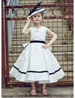 Ball Gown Tea Length Flower Girl Dress Lace Polyester Sleeveless V Neck With Lace Sash Ribbon