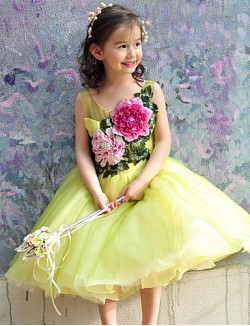 Ball Gown Tea Length Flower Girl Dress Tulle Sleeveless Scoop With Beading Embroidery Flower