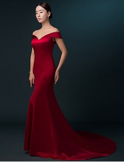 New Zealand Formal Evening Dress Trumpet Mermaid Off The Shoulder Sweep Brush Train Satin With Pleats