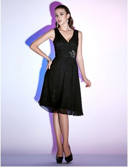 New Zealand Cocktail Party Dresses Holiday Dress Little Black Dress Plus Size Petite A Line Princess V Neck Short Knee Length Chiffon With Beading Criss
