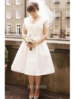 Ivory V Neck Knee Length Plus Size Bridal Dress