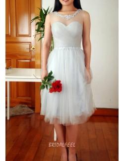Grey Illusion Boat Neck Sleeveless Knee Length Short Tulle Bridesmaid Dress
