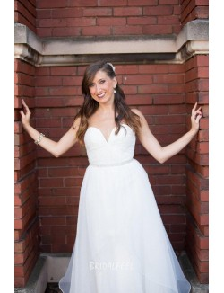 Simple Strapless Sweetheart Backless Ivory Organza Fall Wedding Dress