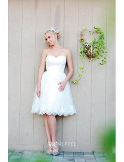 Simple Knee Length Short Strapless Sweetheart Lace Wedding Dress