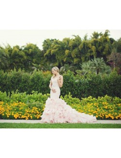 Elegant Mermaid Strapless Sweetheart Pink Chiffon Wedding Dress