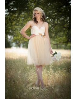 Cute Strapless Sweetheart Knee Length Short Tulle Wedding Dress