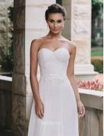 Classic A Line Strapless Sweetheart Chiffon Lace Summer Wedding Dress