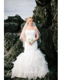 Elegant Mermaid Strapless Floor Length Fall Tulle Wedding Dress