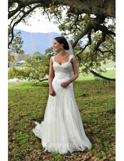 Classic Mermaid Sleeveless Lace Applique Tulle Spring Wedding Dress