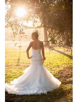 Unique Mermaid Strapless Sweetheart Organza Fall Wedding Dress