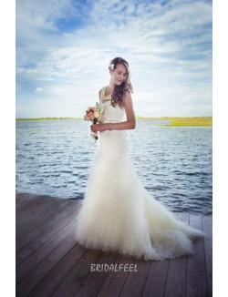 Charming Mermaid Strapless Sweetheart Tulle Fall Wedding Dress