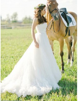 Gorgeous Strapless A Line White Tulle Destination Wedding Dress