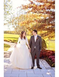 Jewel Neck Ivory Fall Wedding Dress With Half Sleeve