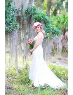 Ivory Lace Sweetheart Simple Spring Wedding Dress Spaghetti Straps