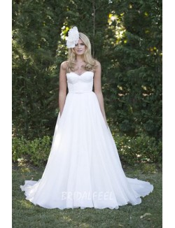 Strapless Sweetheart White Chiffon Simple Spring Wedding Dress