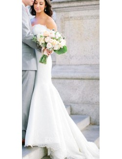 White Lace Strapless Sweetheart Classic Trumpet Spring Wedding Gown